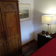 Pender Weekender bed and breakfast queen bedroom - Accommodation on Pender Island
